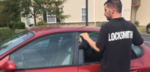 Locksmith unlock car in Dublin oh